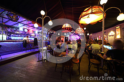 Het comfortabele binnenland van de koffie-club Gogol Redactionele Afbeelding