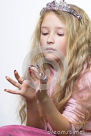 Het controleren van vingerspijkers