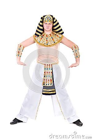 Het dansen farao die een Egyptisch kostuum dragen.