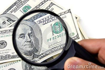 Het in detail onderzoeken van de Dollar van de V.S.