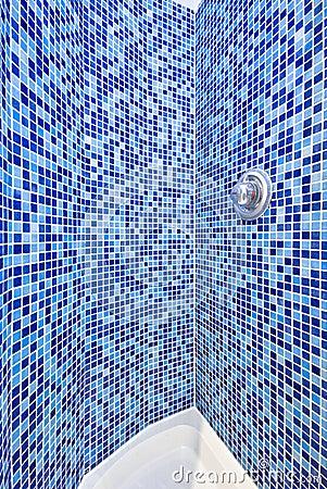 Het detail van een moza ek betegelde douche royalty vrije stock foto beeld 14466595 - Betegelde douche ...