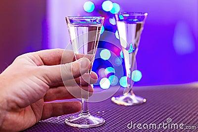 Het drinken alleen bij Kerstmis