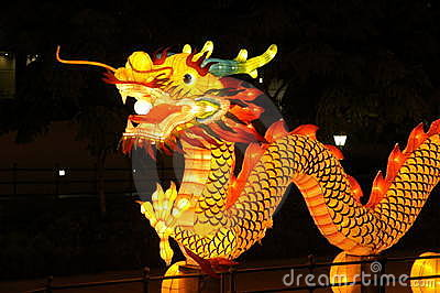Het Festival van de lantaarn in Singapore, Draak