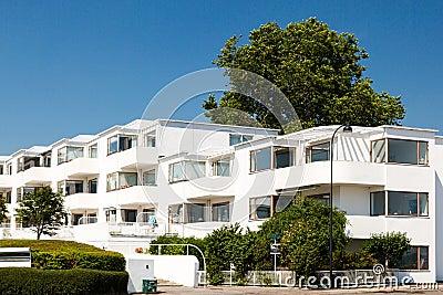Het flatgebouw van het art deco stock foto afbeelding 42400227 - Deco van het appartement ...
