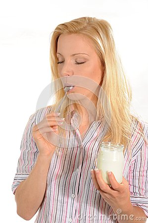 Het genieten van van yoghurt