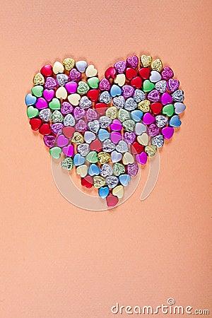 Het glas parelt hartvorm