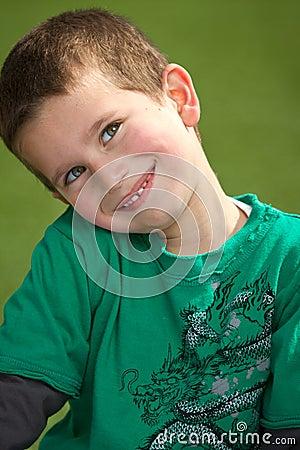 Het glimlachen van de jongen