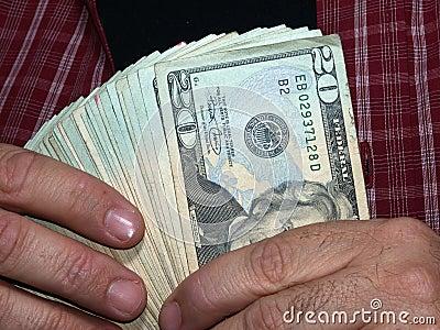 Het houden van Duizend Dollars (met het knippen van weg)