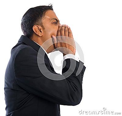 Het Indische zakenman schreeuwen