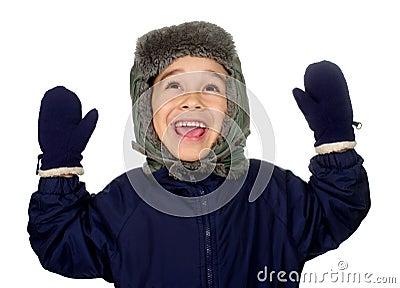 Het jonge geitje in de winter kleedt het glimlachen opgeheven handen