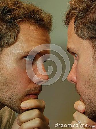 Het kijken in de Spiegel