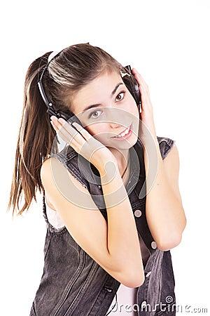 Het luisteren van de tiener muziek