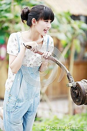 Het meisje van de stad in het platteland