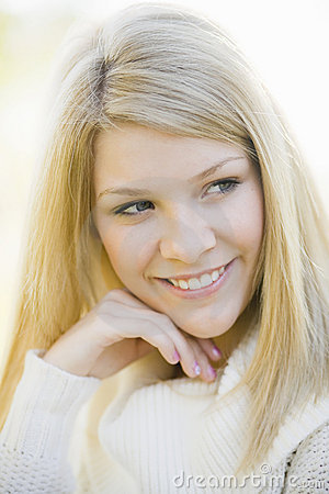 Het meisje van de tiener royalty vrije stock fotografie afbeelding 11963207 - Het versieren van de tiener kamer ...