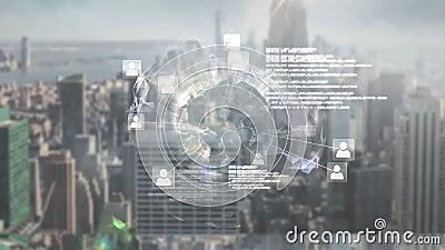 Het online globale communautaire scherm tegen cityscape stock footage