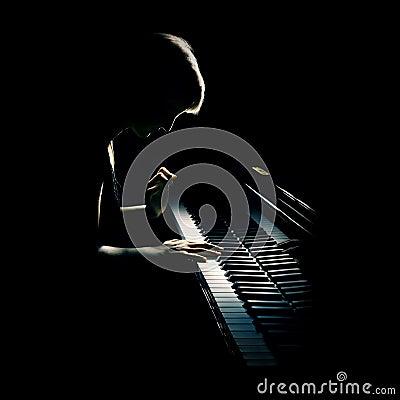 Het overleg van de piano
