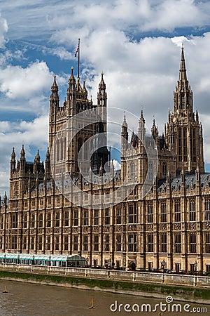 Het Parlement dat Engeland bouwt