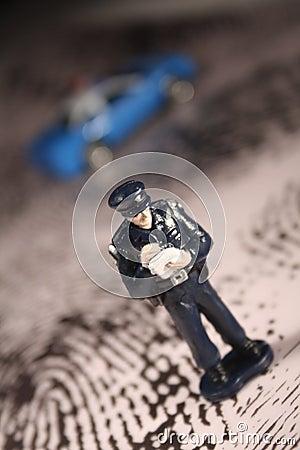 Het schrijven van de politieagent kaartje
