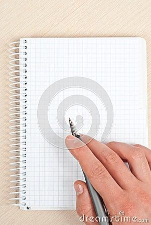 Het schrijven van het notitieboekje