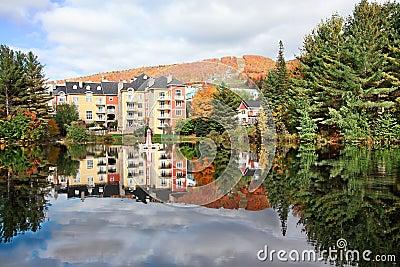 Het Seizoen van de daling in mont-Tremblant, Quebec, Canada