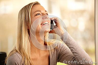 Het socialiseren over de Telefoon