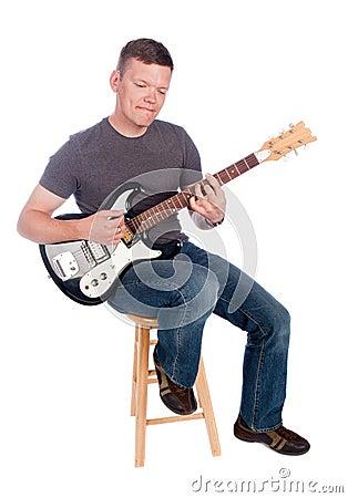 Het spelen van de gitarist