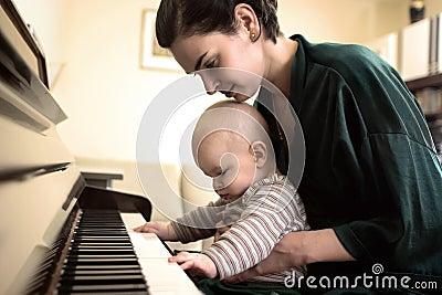 Het spelen van de piano