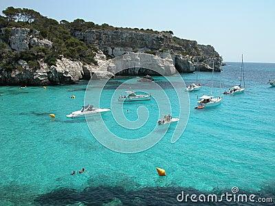 Het Strand van Macarella in Menorca (Spanje)