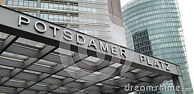 Het teken Berlijn van Platz van Potsdamer