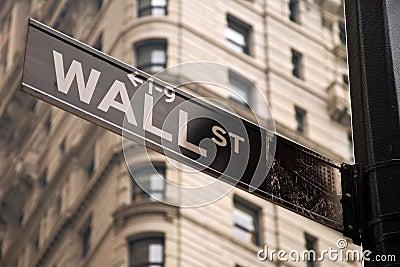 Het teken van Wall Street in de stad van New York Redactionele Foto