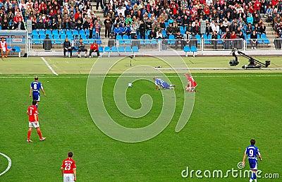 Het voetbal beslist Schending Redactionele Stock Afbeelding