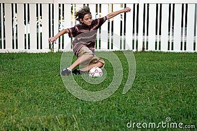 Het voetbal van de binnenplaats