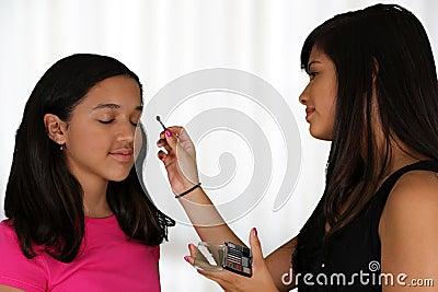Het zetten op Make-up