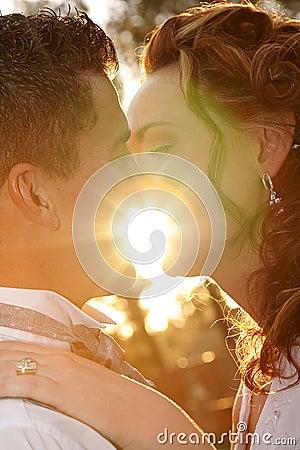 Het zonlicht van het paar