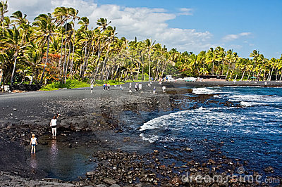 Het zwarte Strand van het Zand Redactionele Fotografie