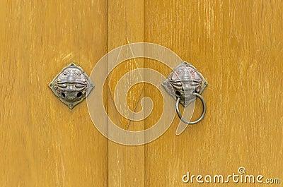 Heurtoir de porte antique t te de lion de poign e de bouton de porte photo stock image 43459359 - Heurtoir de porte tete de lion ...