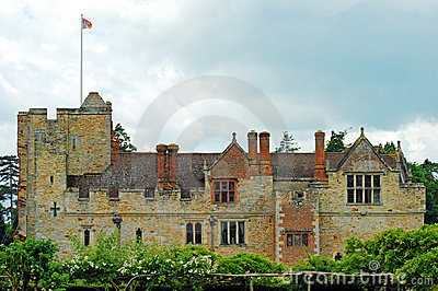 Hever castle side view
