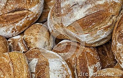 Hög av bröd
