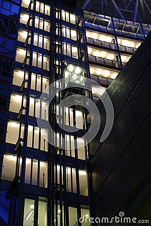 Hi-tech elevator