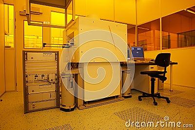 Hi-tech yellow light clean room