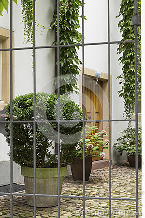 Free Hidden Courtyard 4 Stock Images - 76360764