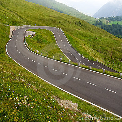Free High Alpine Road Stock Images - 10698894