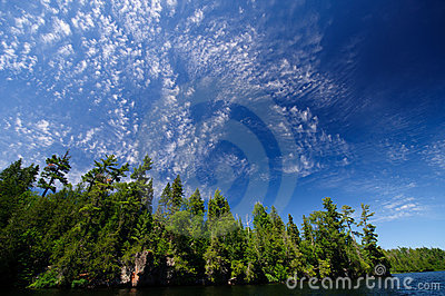 High clouds in the North Woods