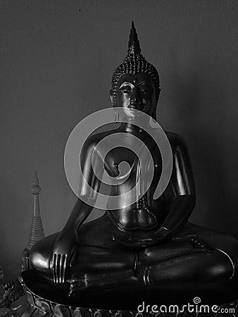 Free High Contrast Monotone Image Of Beautiful Buddha Statue Royalty Free Stock Photos - 86096708