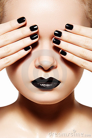 Free High Fashion Style, Manicure. Black Lips & Nails Stock Images - 17943944