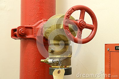 High pressure fire hose valve