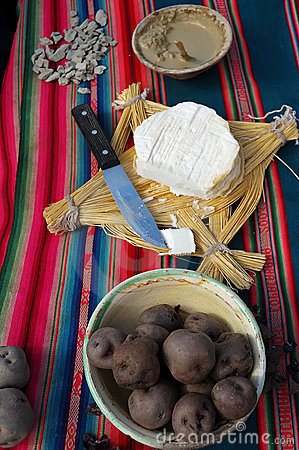 Free Highland Cow Cheese And Potatoes Royalty Free Stock Image - 1670766