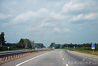 Highway Moscow-Saint_Petersburg (E-95)