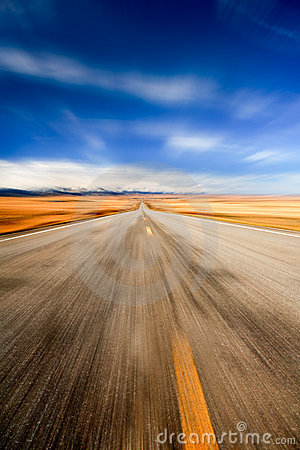 Free Highway Through Desert Stock Images - 6948814