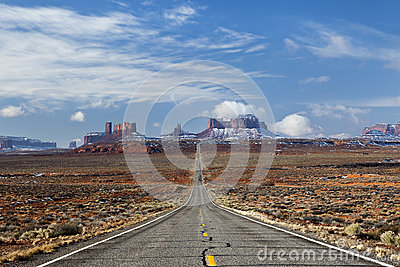 Highway to Monument Valley, Utah
